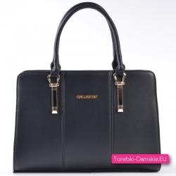 Czarny kuferek - torebka ze złotymi ozdobnymi detalami