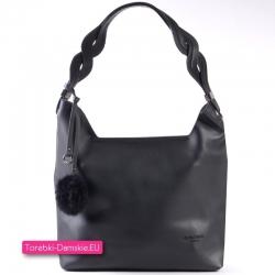 Czarna torba damska z pluszowym pomponem ozdobnym