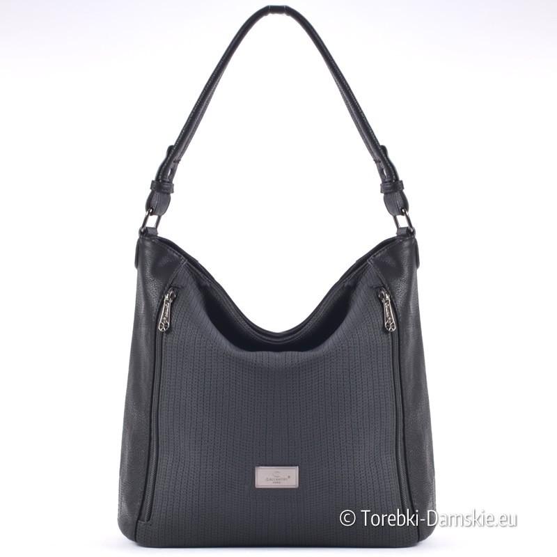 Czarna torba damska z kieszeniami zamykanymi z przodu