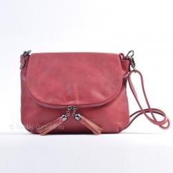 Czerwona torebka z klapą,...