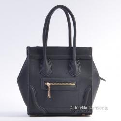 Mała czarna elegancka torebka