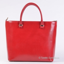 Czerwona torebka ze złotymi...
