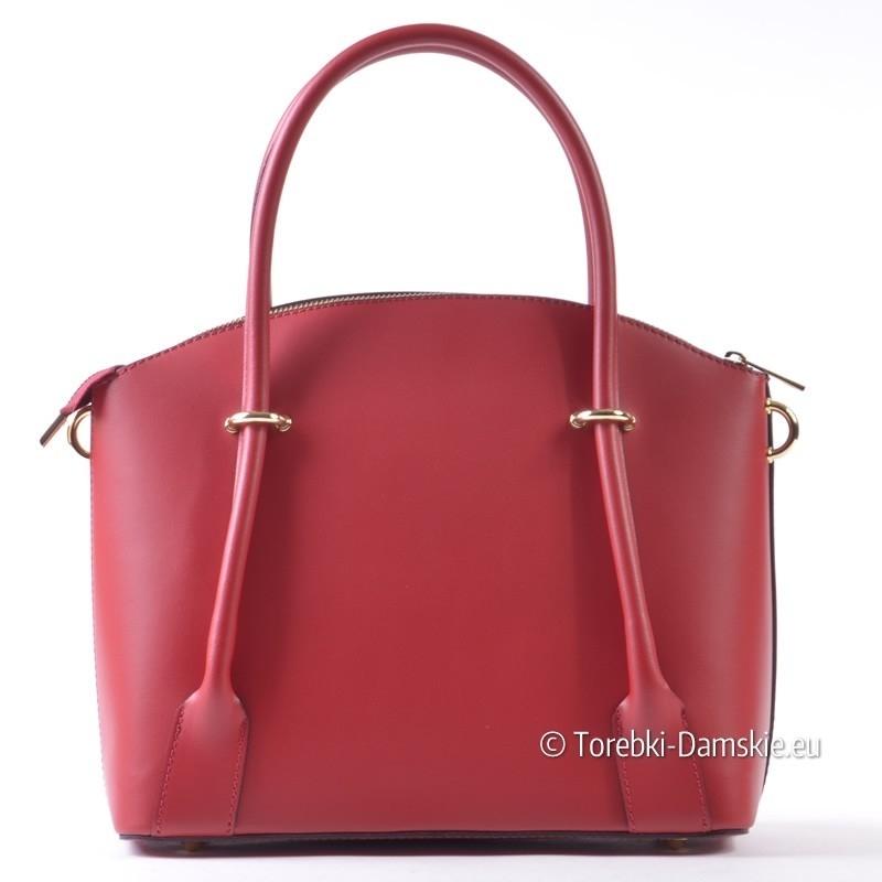 Skórzany kuferek w kolorze czerwonym włoskiej produkcji