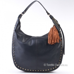 Czarna torebka z ćwiekami, ozdobnymi frędzlami i suwakiem na obwodzie