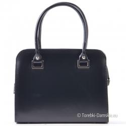 Zgrabny kuferek - czarna lekka torebka