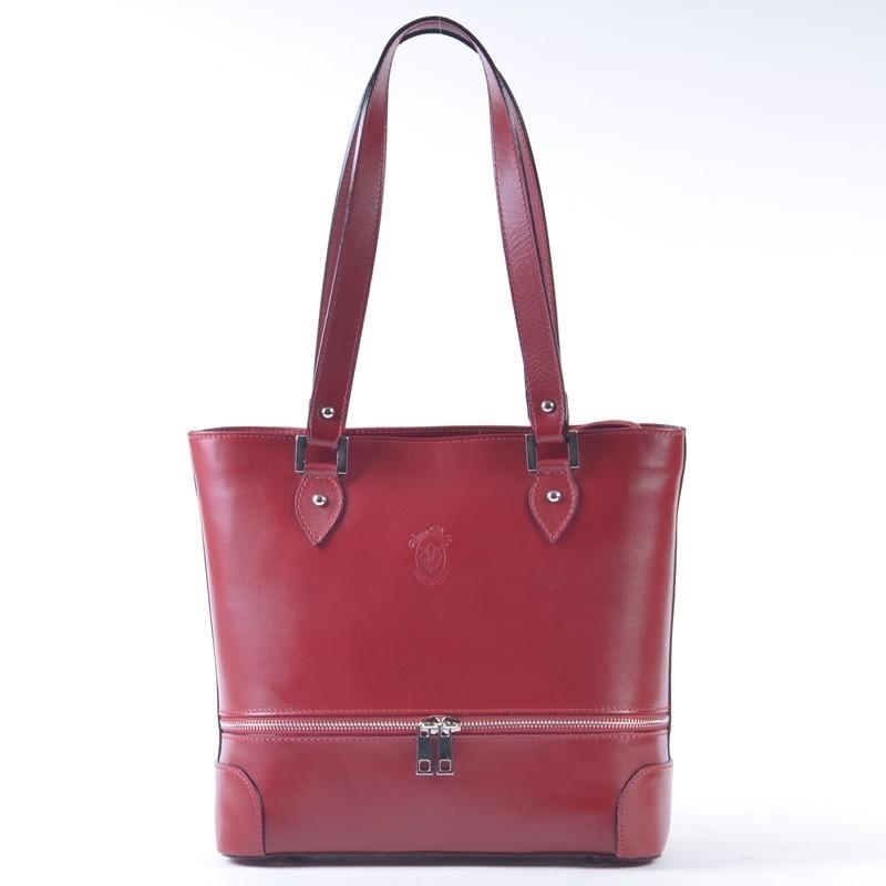 Czerwona torebka ze skóry z ozdobnym poziomym suwakiem z przodu