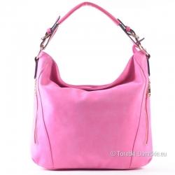 Różowa torebka damska w intetsywnym odcieniu ze złotymi suwakami