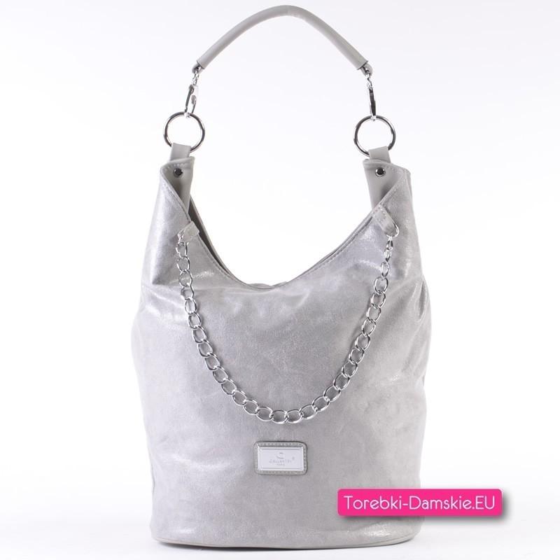 Szaro-srebrna średniej wielkości torebka na ramię z ozdobnym łańcuszkiem
