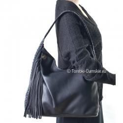 Duża czarna torba A4 z ozdobnymi frędzlami