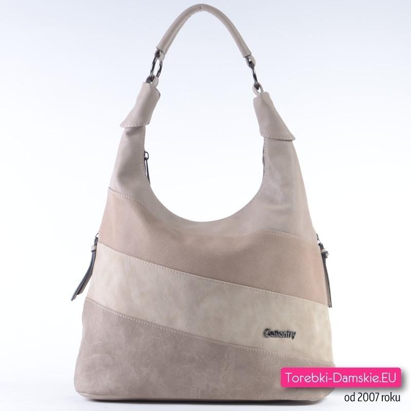 Beżowa torebka w modnych odcieniach beżowego