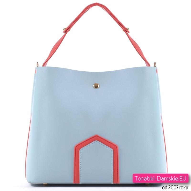 Jasnobłękitna torebka damska w pastelowym odcieniu