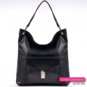 Czarna torba damska z kieszenią z ozdobnym zapięciem z przodu