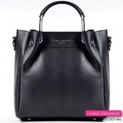Czarna torebka z metalowymi rączkami, do przewieszenia