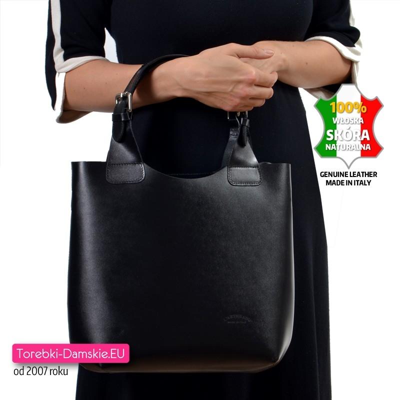 72a057559a679 Czarna skórzana torba shopper - włoska zarka; Shopper na ramię i do  przewieszenia ze skóry naturalnej ...