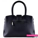 Czarna torebka trójkomorowa - elegancki model z ozdobną klamrą