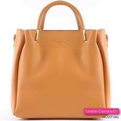 Żółta torebka damska średniej wielkości, modny odcień musztardowy