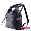 Czarna torebka i plecak damski w jednym