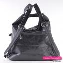 Czarna torebka miejska na ramię i plecak w jednym