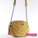 Żółta musztardowa pikowana pluszowa torebka z łańcuszkami i chwostem