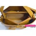 Musztardowa torebka z kokardą - modny odcień żółtego