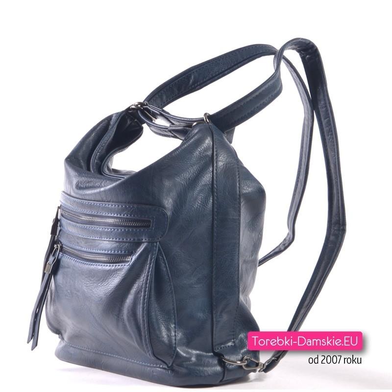 99d1f271214c9 Granatowa torebka i miejski plecak damski w jednym  Miejski plecak damski w  kolorze granatowym  Elegancki granatowy plecak damski z dwoma kieszeniami z  ...