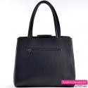 Czarna torebka - kuferek z kieszenią z tyłu