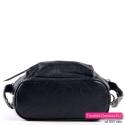 Czarny plecak i torebka w jednym z płaskim dnem