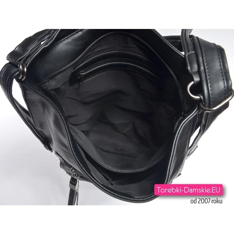 47d1683b6c353 ... Czarna plecako-torebka z przegrodą w środku