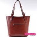 Skórzana torebka w kolorze brązowym ciemny ładny odcień