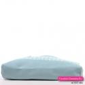 Błękitna torebka damska w pastelowym odcieniu - lekki letni model