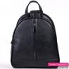 Czarny trójkomorowy plecak damski średniej wielkości