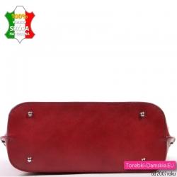 Czerwona skórzana torba włoska którą stawiać można na metalowych stopkach