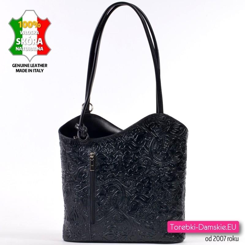 Czarna włoska torebka i plecak w jednym z tłoczonej skóry naturalnej - fakturowana powierzchnia