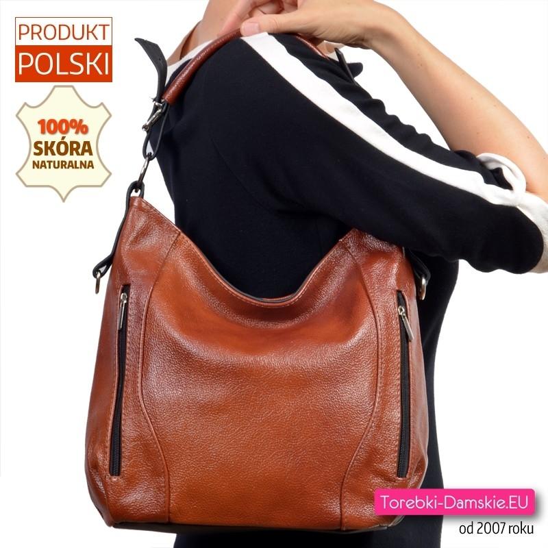 Skórzana torebka na ramię w kolorze brązowym z kieszeniami z przodu
