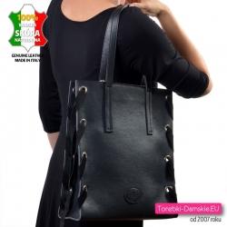 Włoska duża torba skórzana czarna na ramię w modnym stylu