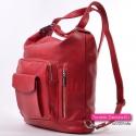 Plecak damski w kolorze czerwonym z pionowymi suwakami z przodu