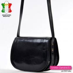 Włoska lekka torebka skórzana czarna śrendniej wielkości