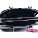 Zamykana suwakami dwukomorowa torebka damska w kolorze czarnym