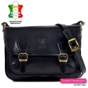 Czarna torebka damska w stylu vintage z klapą z cielęcej skóry
