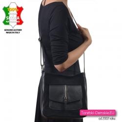 Stylowa czarna włoska torebka z kieszenią i ozdobnym pionowym suwakiem z przodu