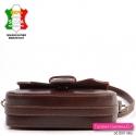 Sztywna torebka skórzana - mała brązowa przewieszka