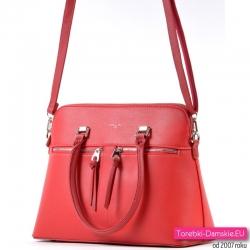 Markowy czerwony kuferek - pojemna torebka z paskiem dopinanym