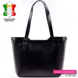 Czarna klasyczna skórzana włoska torebka damska na ramię