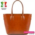 Włoska torba damska w kolorze camel - gładka prawdziwa skóra