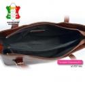 Skórzana torebka w kolorze brązowym z przegrodą