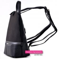 Czarny stylowy i modny plecak damski średniej wielkości