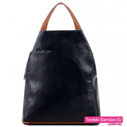 Tani czarny plecak damski z dużą kieszenią z przodu
