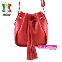 Czerwony skórzany worek - torebka z chwostami do przewieszenia