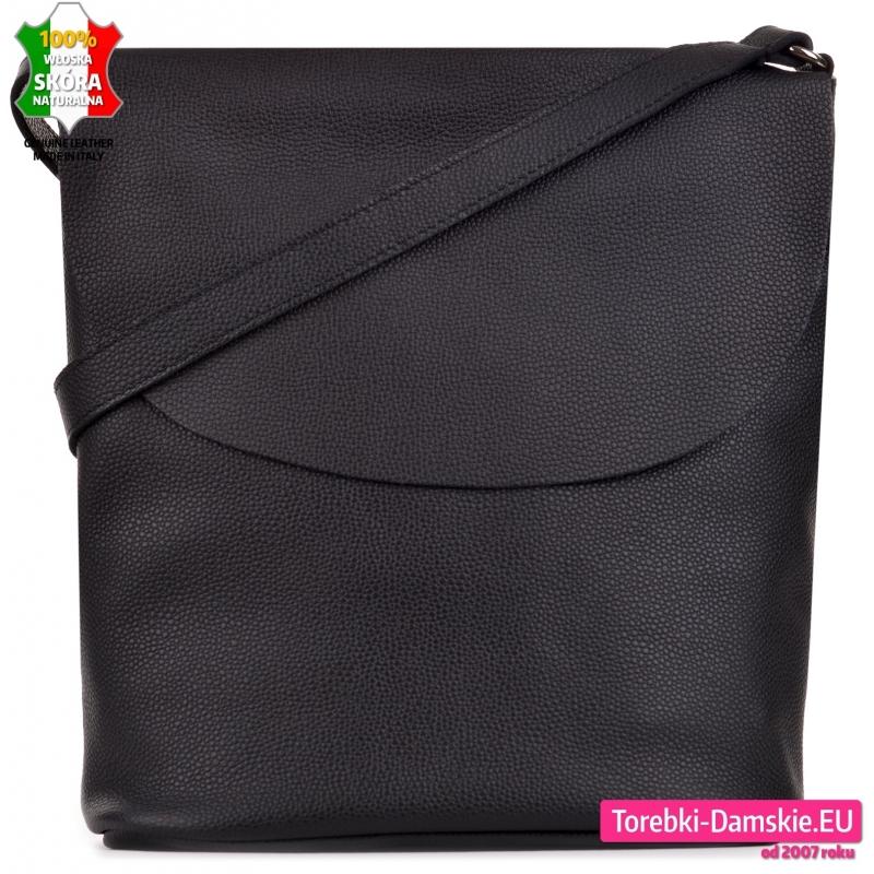 Czarna torebka skórzana z klapą A4