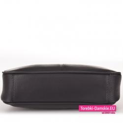 Czarna torebka listonoszka ze sztywnym spodem